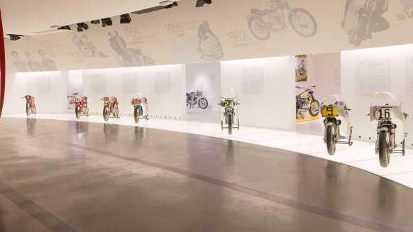 ducati_showroom