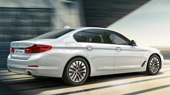 BMW_5_Series_Offer_585x328